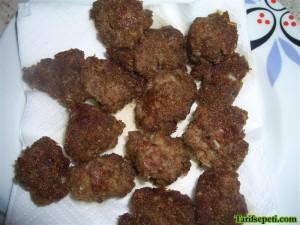 firinda-sehriyeli-besamel-soslu-kofte-tarifi-8