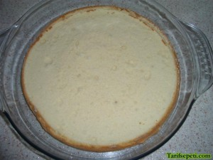 hindistan-cevizli-kolay-kek-tarifi-3-kek-tabani