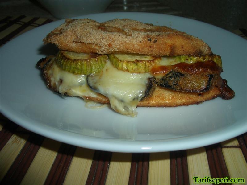 sebzeli-tavuk-sandvic-tarifi-1