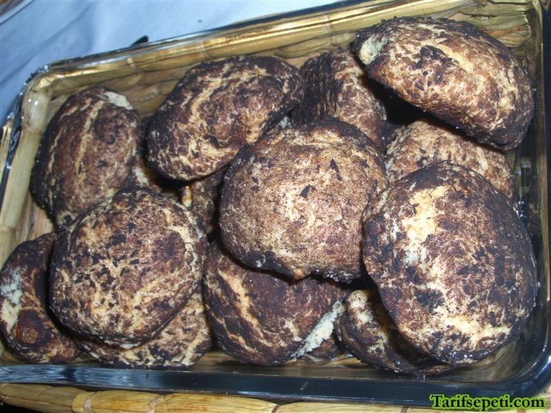 incirli-findikli-ya-da-cevizli-kurabiye-tarifi