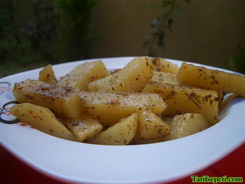 kahvaltilik-baharatli-patates