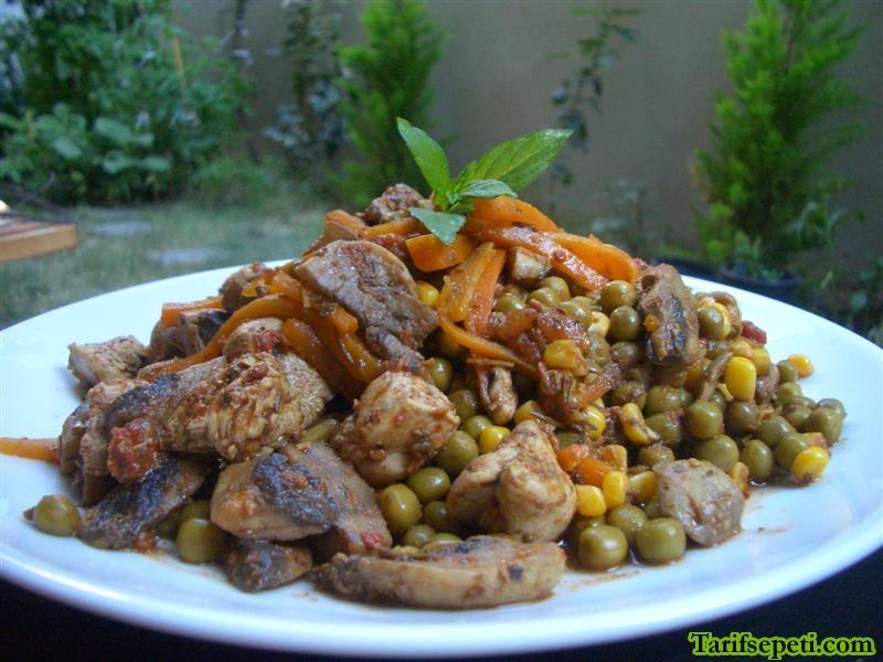 sebzeli-tavuk-yemegi-tarifi-1