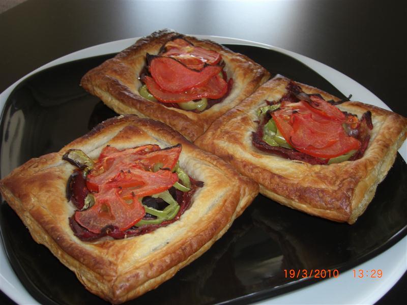 pastirmali-milfoy-pizzalari-tarifi-2