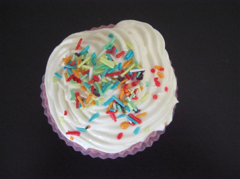 vanilla-kremali-cupcake-tarifi-3