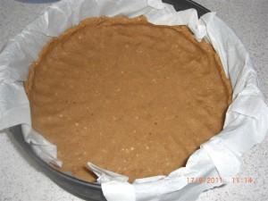bogurtlen-soslu-cheesecake-tarifi-2