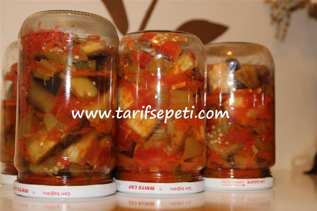 evde-konserve-yapma-tarifi-patlican-domates-biber-1