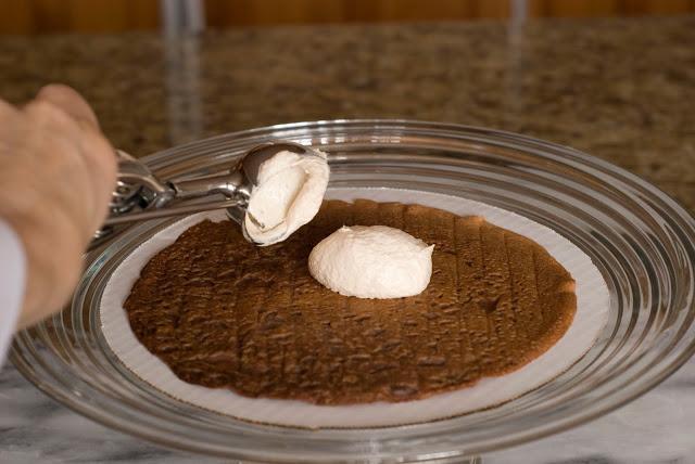 Martha-Stewart-cikolatali-crep-pasta-tarifi-15