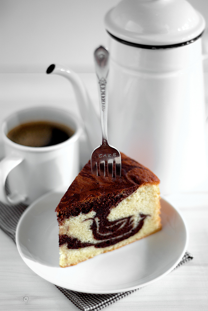 marble-cake-mermer-kek-tarifi