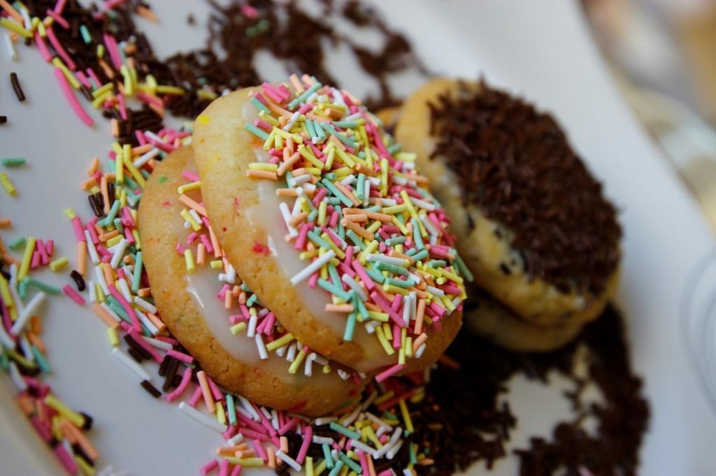 suslu-un-kurabiyeleri-tarifi-1